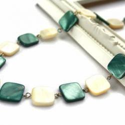 Fashion necklace in teal and natural white lake shells beads: chic, simple and classy. Ready to ship.