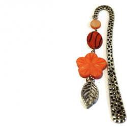 Metal bookmark with pendant. Beaded tangerine orange bookmark. Ready to ship.